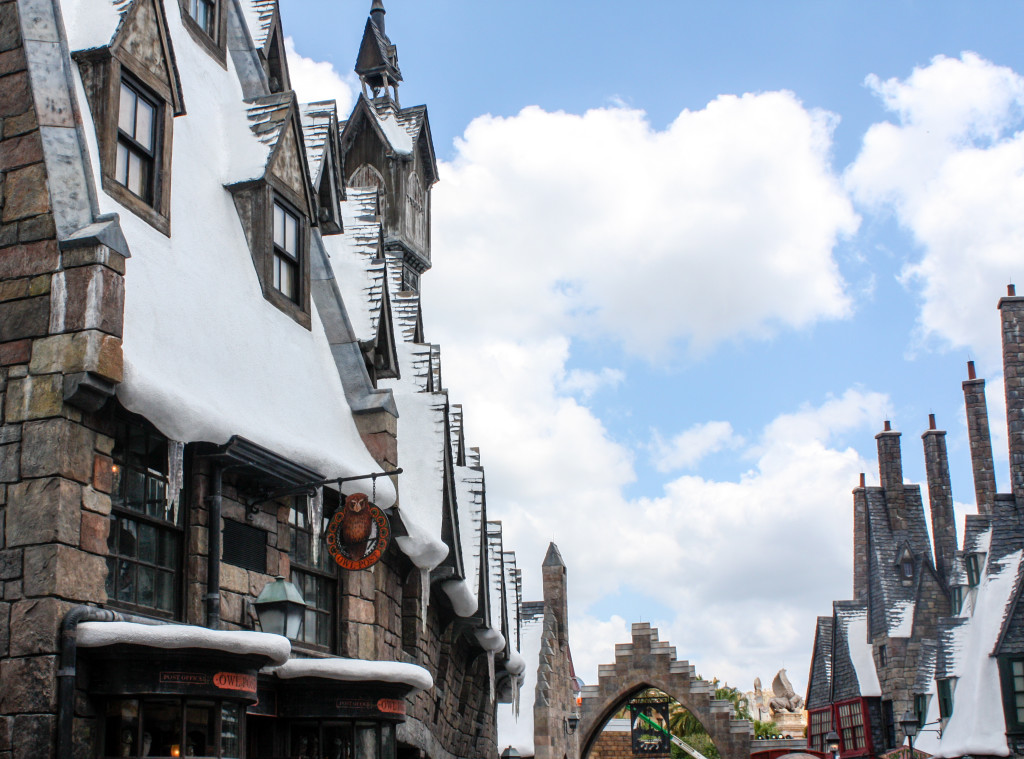 Snow-dusted shops in Hogsmeade at the Wizarding World of Harry Potter at Islands of Adventure in Orlando, Fla. (Erin Klema/The Epicurean Traveler)