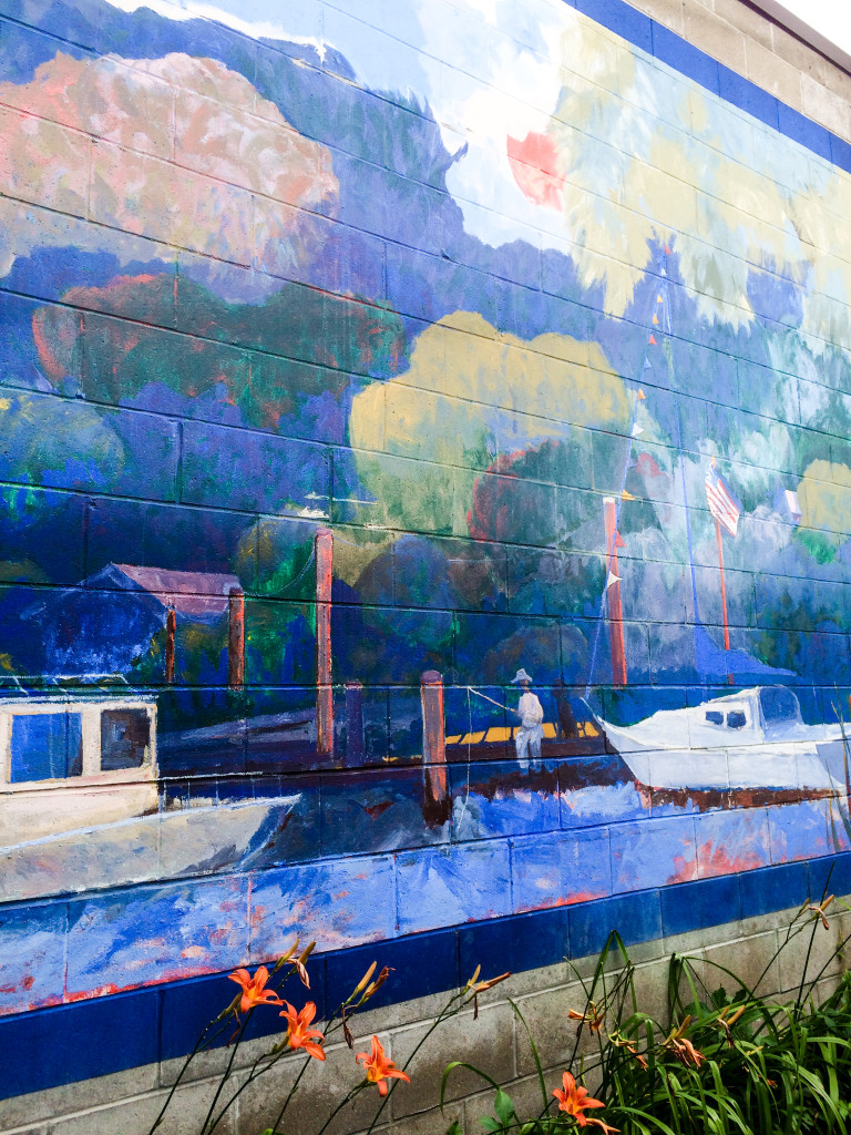 A nautical themed mural adorns a wall in artsy Saugatuck, Michigan.