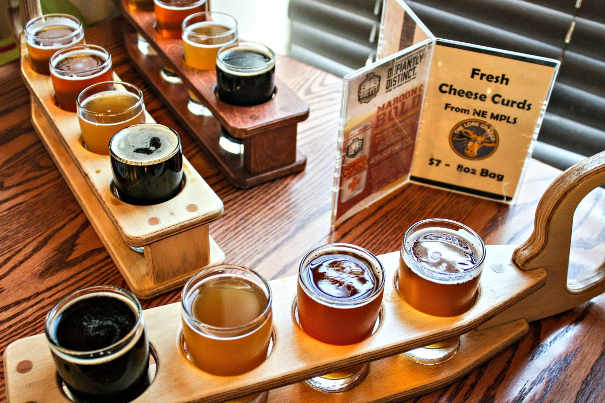 Bent Brewstillery flights in Roseville, Minnesota