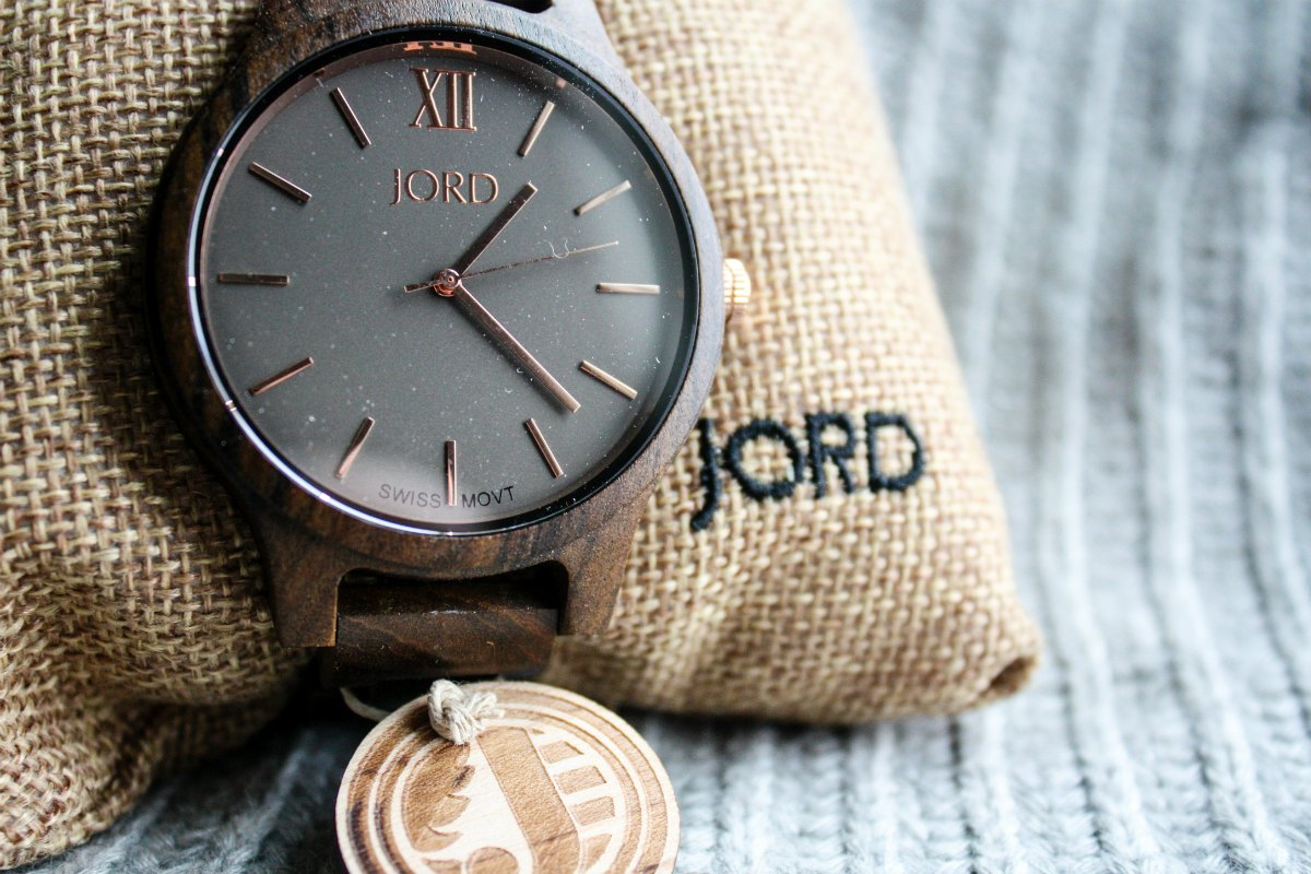 JORD Frankie Dark Sandalwood & Smoke Watch | EpicureanTravelerBlog.com