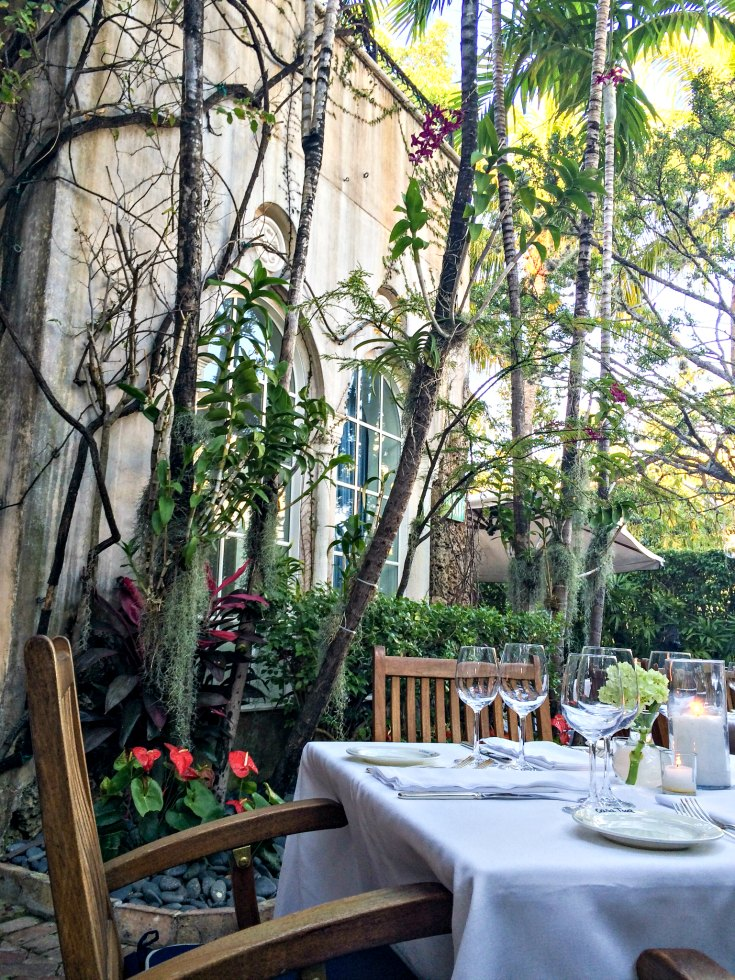 Dining the garden of Casa Tua Restaurant in Miami Beach, Florida | EpicureanTravelerBlog.com