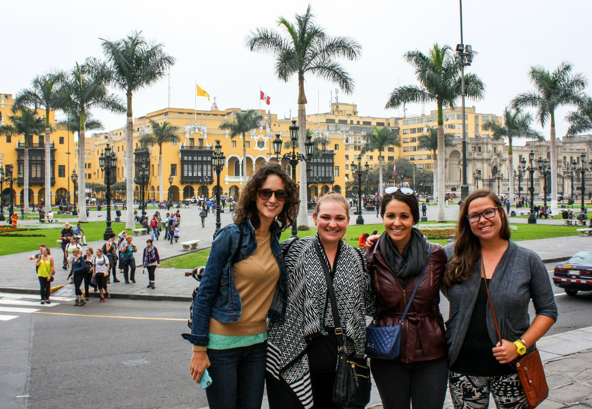 Wanderful women in Lima, Peru