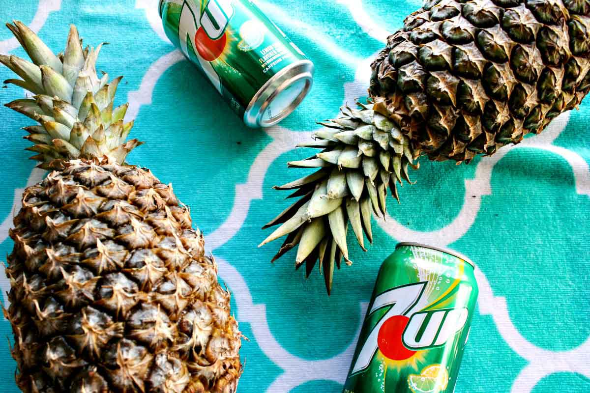 7UP and pineapples are two of five ingredients in an easy, beach cocktail for your spring break trip. Get the recipe for Tropical Pina White Sangria on EpicureanTravelerBlog.com!