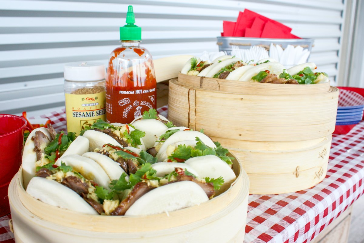 Cha Siu Bao Mi featuring Reser's Stadium Cole Slaw by Sweet + Savor #Sponsored #SlawSocial #ResersInGR #LetsEat