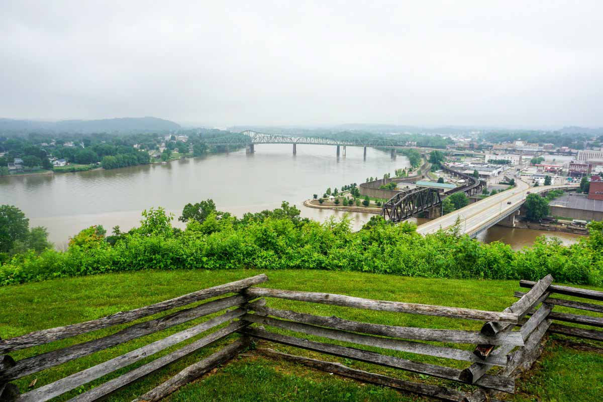 Formerly a Civil War fort, Fort Boreman is a public park with a panoramic view of the Ohio River in Parkersburg, West Virginia, USA. #VisitPKB #Parkersburg #WestVirginia #AlmostHeaven #travel #history #CivilWarHistory #fort