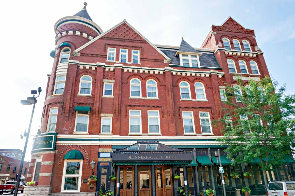 The historic Blennerhassett Hotel is in Parkersburg, West Virginia, USA. #VisitPKB #Parkersburg #WestVirginia #AlmostHeaven #travel #historichotel #hotel #ustravel