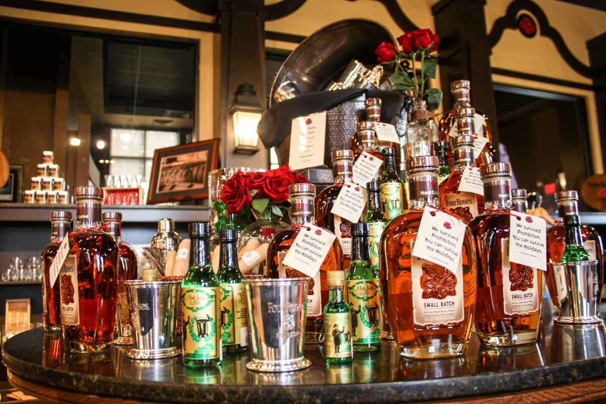 Four Roses gift shop