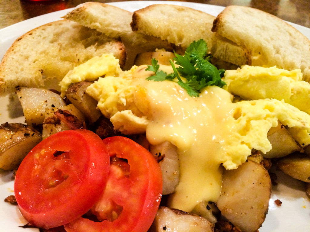 The Hippy Hash at deBoer Bakkerij & Dutch Brothers Restaurant in Holland, Mich., is a filling and tasty breakfast. (Erin Klema/The Epicurean Traveler)